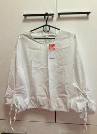 Белоснежная блуза кофточка