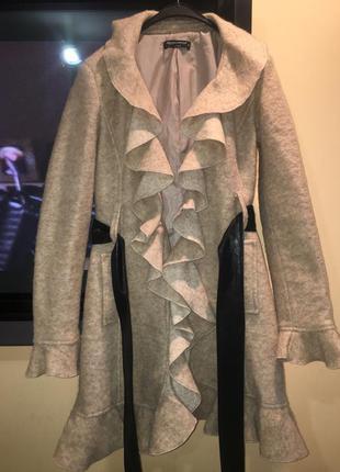 Пальто демисезонное дорогого бренда