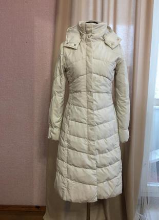 Поделиться:  пуховик пальто зимнее mango