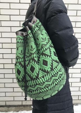 Зеленый рюкзак(сумка,торба) с легким серебристым переливом, в этно,бохо стиле, asos