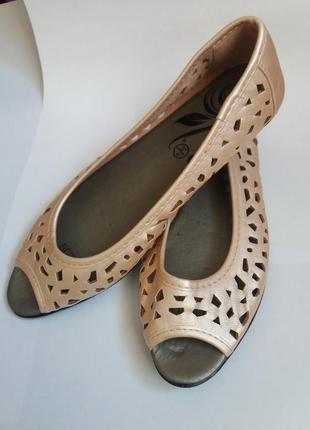 Женские туфли, туфли,балетки,босоножки,женские босоножки