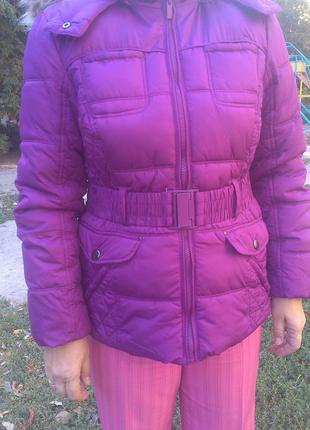 Отличная сиреневая курточка,яркая,стильная 50-52рр см замеры