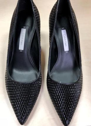 Туфли/ кожаные/ классика/ брендовые/ черные/ удобные /средний каблук