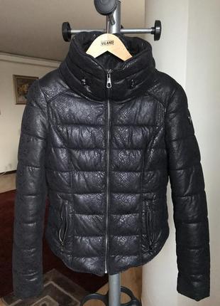 Куртка/пуховик  guess