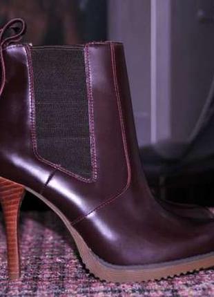 Ботинки челси dr. martens roni