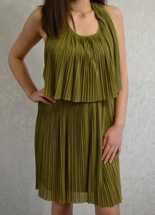 Красивенное платье в плиссировку