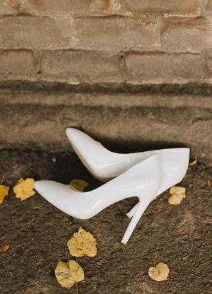Туфли лодочки свадебные белые молочные
