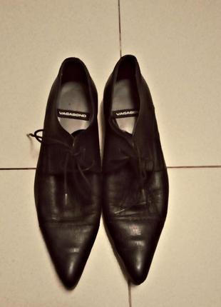 Стильные фирменные туфли  vagabond