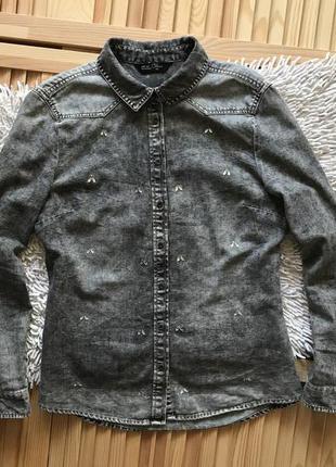 Серая джинсовая рубашка в камушки ckh denim