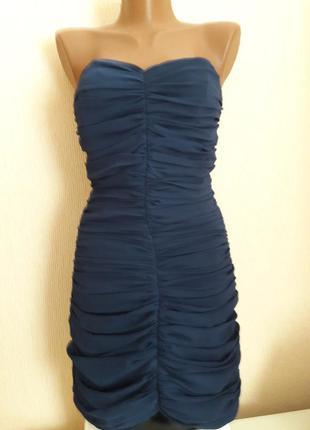 Короткое платье гармошка на стройняшку