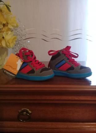 Кроссовки ботинки р. 22 от funmates