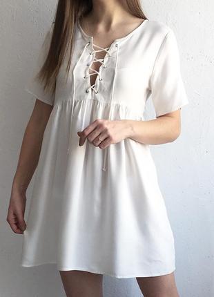 Милое платье asos со шнуровкой