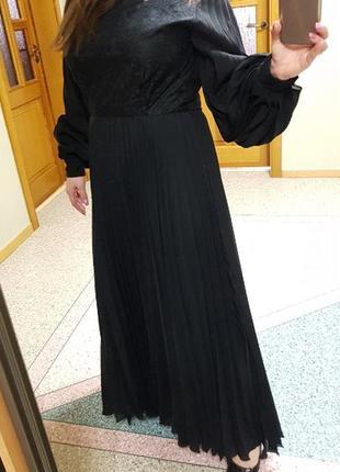 Шикарное черное (вечернее) длинное платье