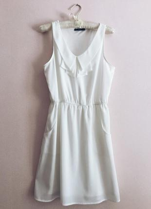 Белое платье kira plastinina