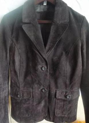 Стильная кожаная,замшевая куртка h&m,banana republik, yessica (германия).