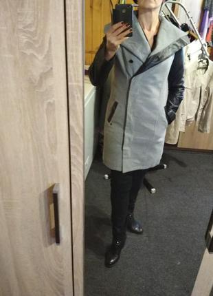 Оригинальное пальто  , рукава кожзам, р. 10