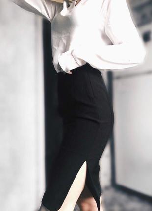 Черная строгая юбка миди от zara