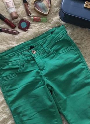 Джеггинсы , джинсы зеленые benetton