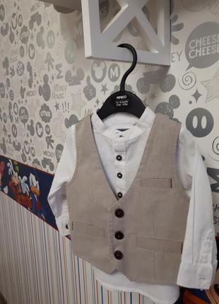 Нарядный комплект рубашка и жилет next 6-9 мес.