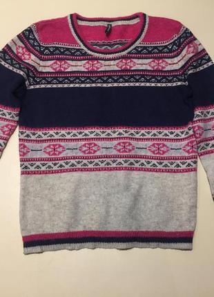 Уютный свитер наф наф шерсть