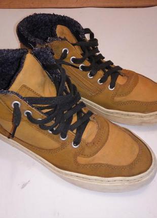 Утепленные кроссовки кеды 23,5 см