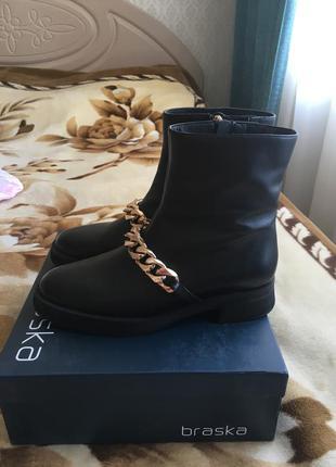 Кожаные ботинки braska 38р.