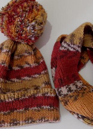 Шапка с большим бубоном и шарф - хомут / ручная работа hand made
