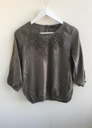 Блуза с вышивкой и бисером atmosphere