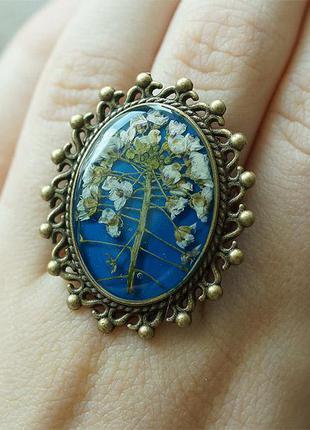 Кольцо с полевыми растением, универсальный размер