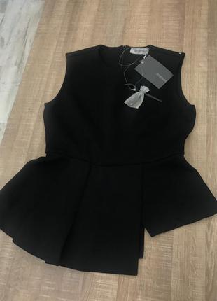 Элегантная новая  блуза max mara