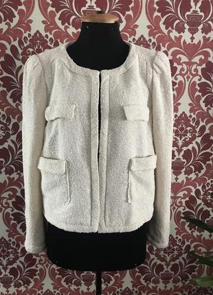 Бежевый пиджак zara