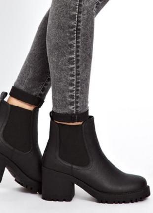 Челси на каблуке ботинки с резинкой средний каблук кожаные сапоги