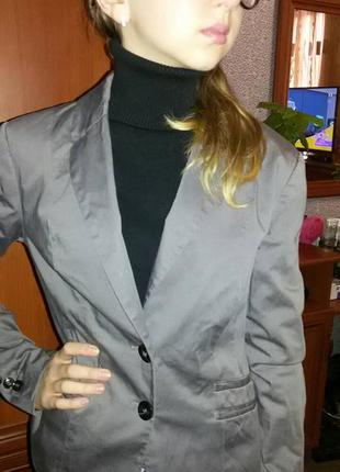 Фирменный!пиджак женский жакет - xs s m