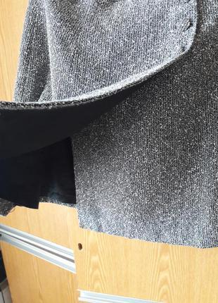 Юбка с запахом из плотной ткани