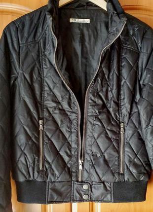 Весенняя стеганая курточка i love link (finland) в отличном состоянии