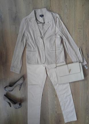 Пиджак бежевый, новый, куплен в милане, л
