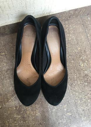 Туфли чёрные каблук clark's замшевые