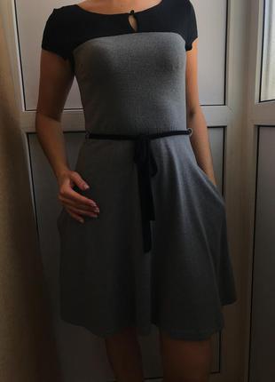 Стильное платье gloria jeans