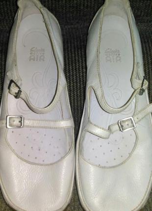 Супер-удобные полностью кожаные туфли от clarks