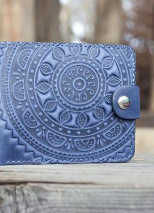 Портмоне кошелек кожаный синий с орнаментом тиснением ручной работы
