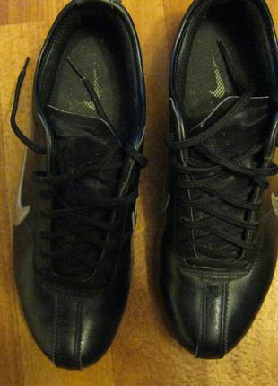 Кожаные кроссовки nike