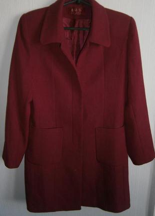 Стильное пальто прямой фасон