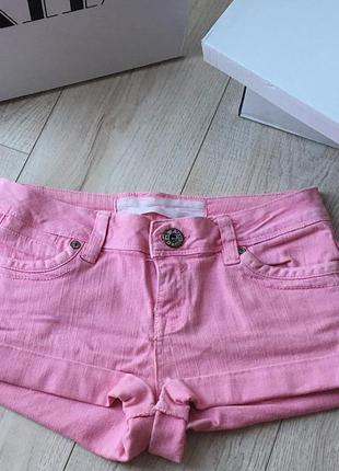 Фирменные джинсовые женские шорти new look