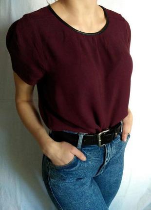 Красивая футболка глубокого цвета марсала от marks&spencer