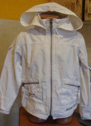 Куртка ветровка тканевая белая bouny baby италия 6 лет 95%котон, 5%полиэстер