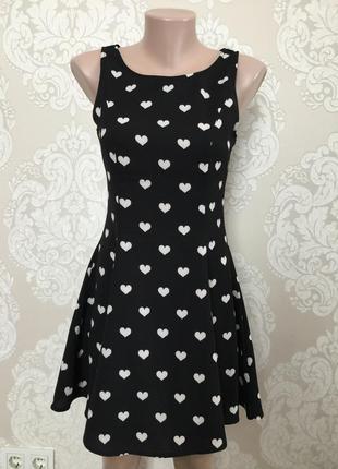 Милое платье в сердечки