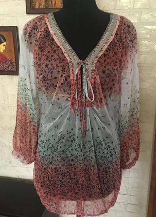 Шифоновая блузочка с бисером