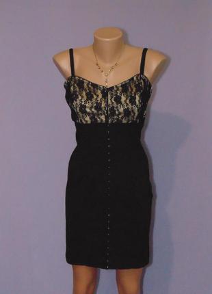 Симпатичное платье с кружевом 12 размера