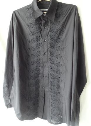 Черная рубашка с шитьем  на высокого мужчину