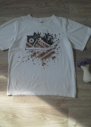 Стильная футболка converse